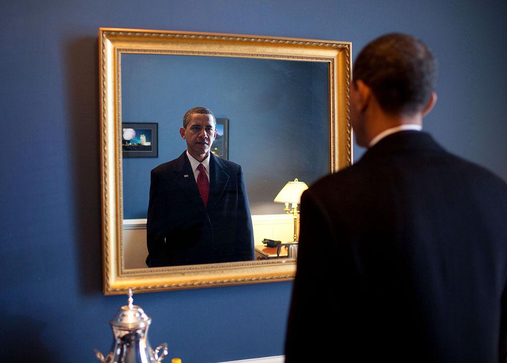 By The White House from Washington, DC (P012009PS-0477  Uploaded by Ekabhishek) [Public domain], via Wikimedia Commons